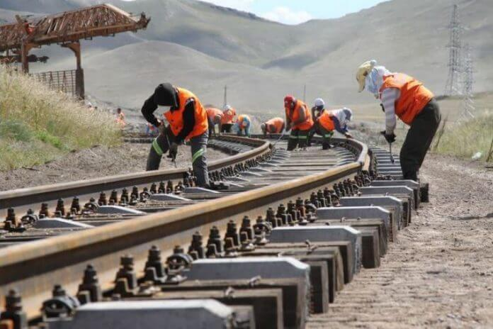 Tanzania signs deal to link SGR to Burundi and DRC